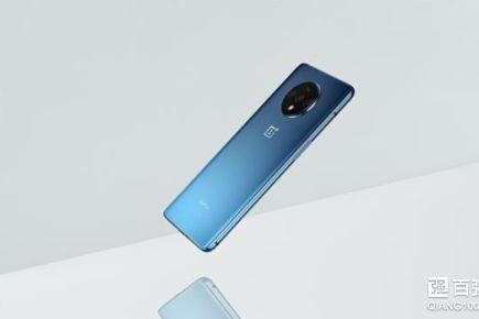 刘作虎正式公布一加7T手机:奥利奥造型三摄-1