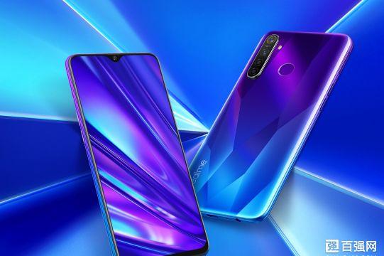 Realme Q手机正式发布:千元机市场新标杆-2