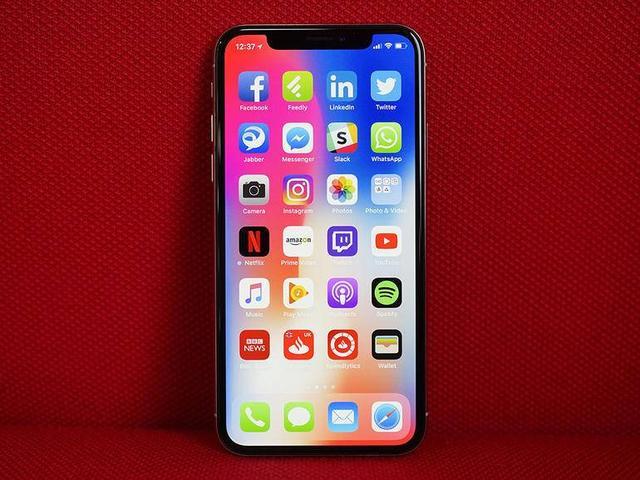 英媒评2018年最期待的10款手机:华为P11、一加6与苹果并列-1