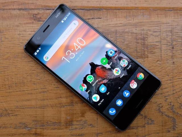 英媒评2018年最期待的10款手机:华为P11、一加6与苹果并列-3