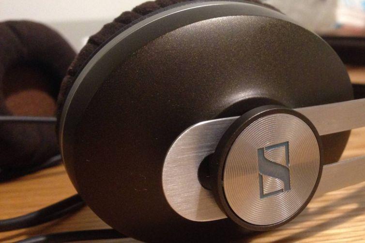 森海塞尔小馒头耳机怎么样?森海塞尔小馒头是充电耳机吗?-2
