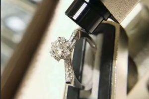 珂兰钻石算哪个档次?好看吗?-1