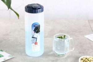 乐扣乐扣塑料水杯开箱 大神给你介绍一下水杯材质-2