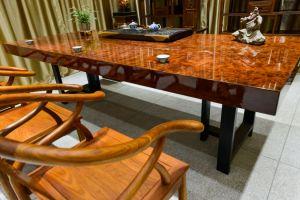 实木大板桌有什么优点 实木大板桌选购攻略-1